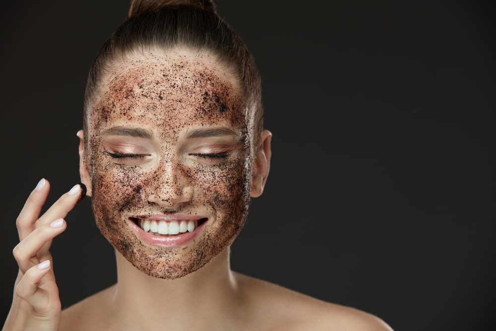 5 DIY Face Scrubs